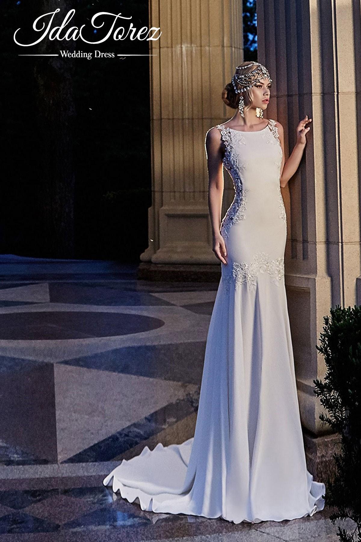 New Design Trumpet-Mermaid Bateau Natural Court Train Stretch Crepe Ivory Sleeveless Open Back Wedding Dress Draped 01007