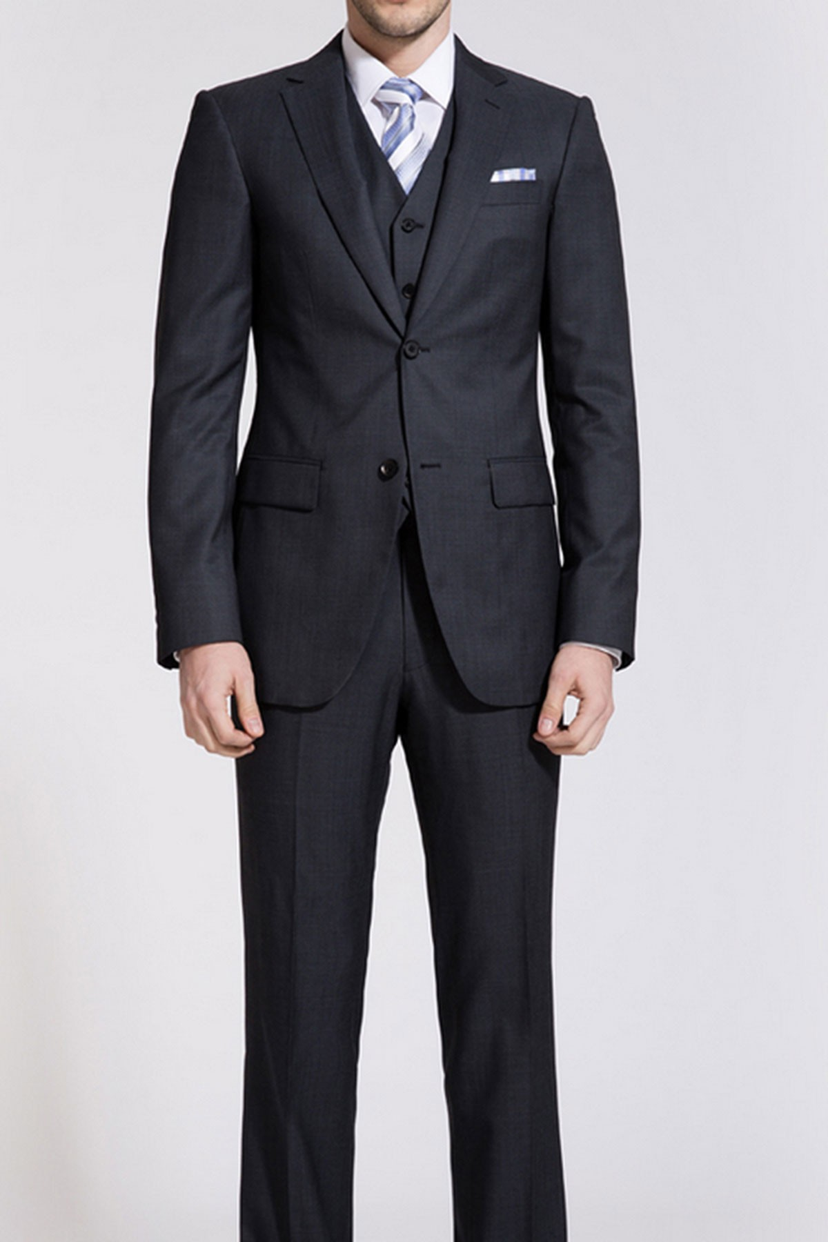 Windsor Black Reda Two-Piece Suit ID-171