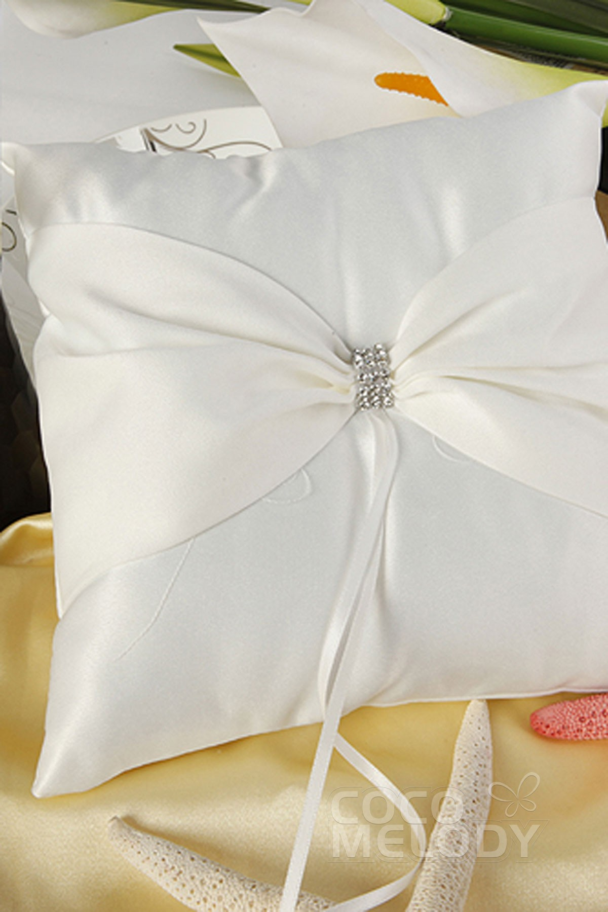 Cocomelody: Satin Wedding Ring Pillow SJZ15014