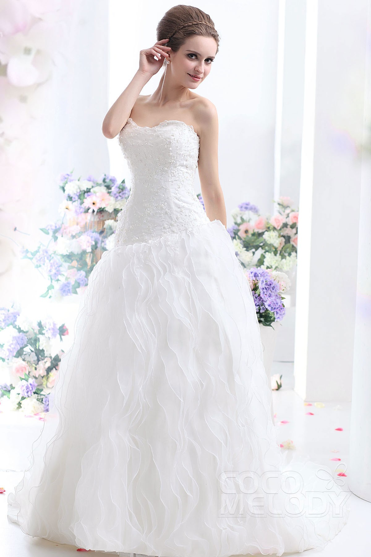 Cocomelody: Princess Sweetheart Court Train Organza Wedding Dress ...