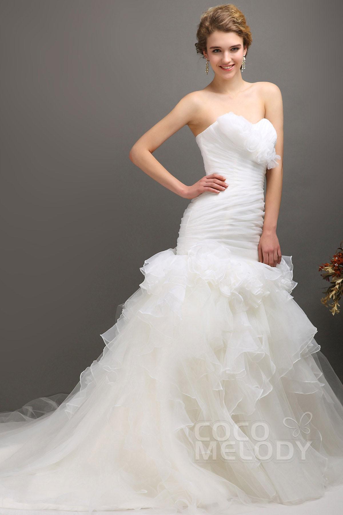 Cocomelody: Trumpet-Mermaid Sweetheart Chapel Train Tulle Wedding ...