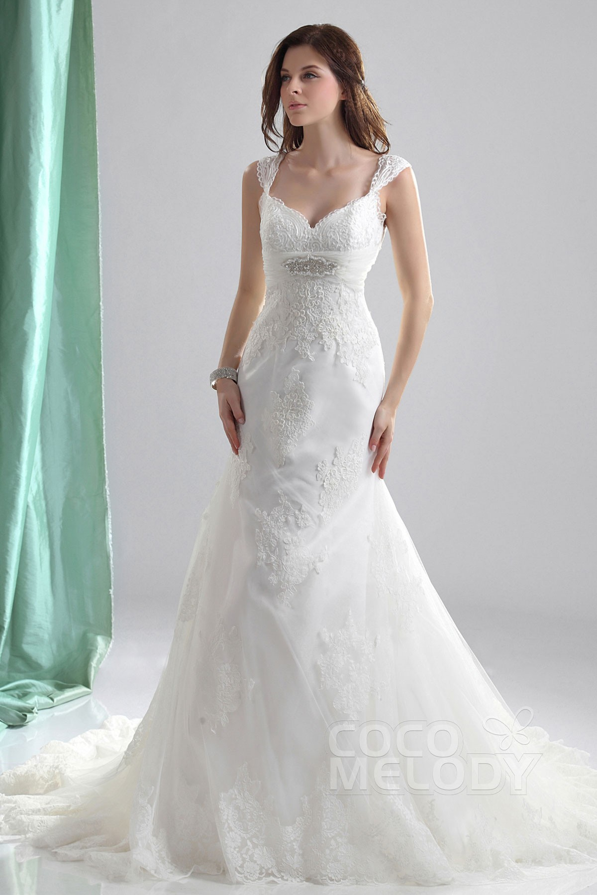 Modern Trumpet Mermaid Straps Court Train Tulle Fit And Flare Wedding Dress Cwlt130e7