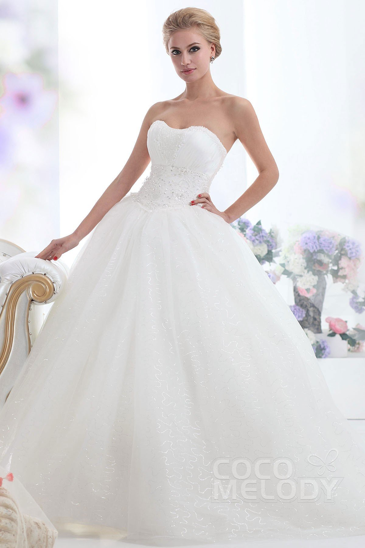 Cocomelody ball gown sweetheart chapel train tulle for Wedding dresses chapel train