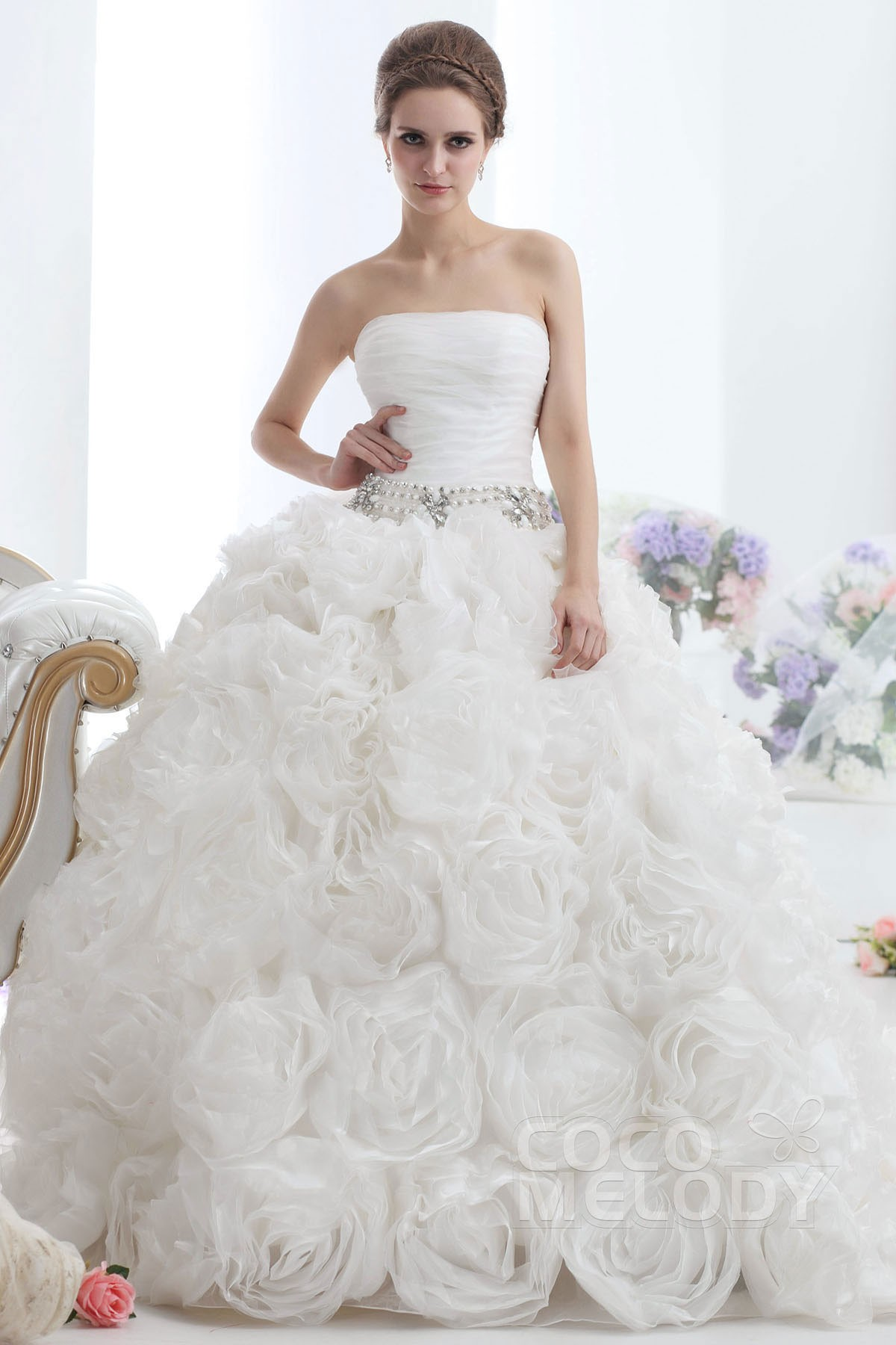 Strapless Wedding Dresses with Trains