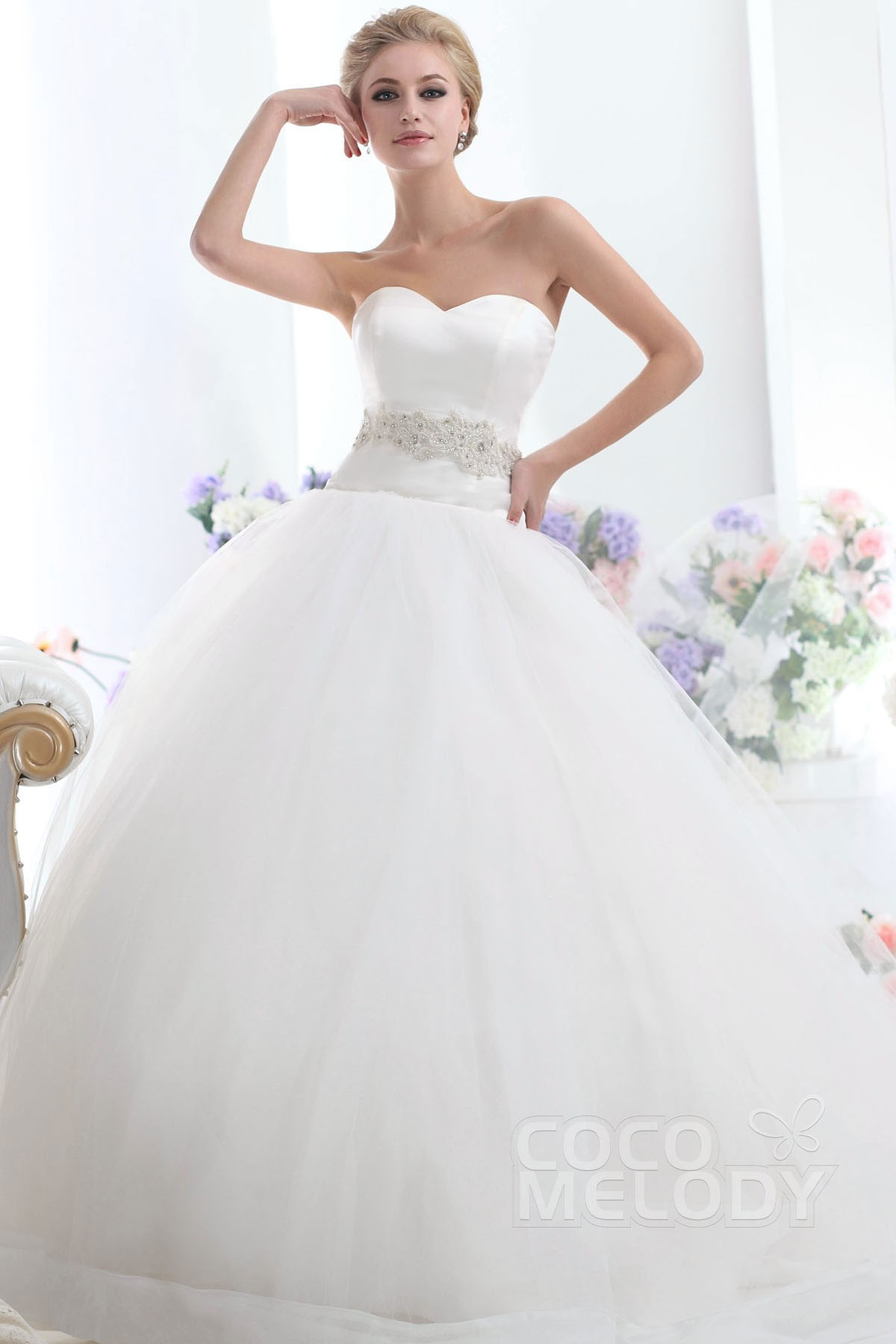 Sweet Ball Gown Sweetheart Chapel Train Tulle Wedding Dress CWLT1303C