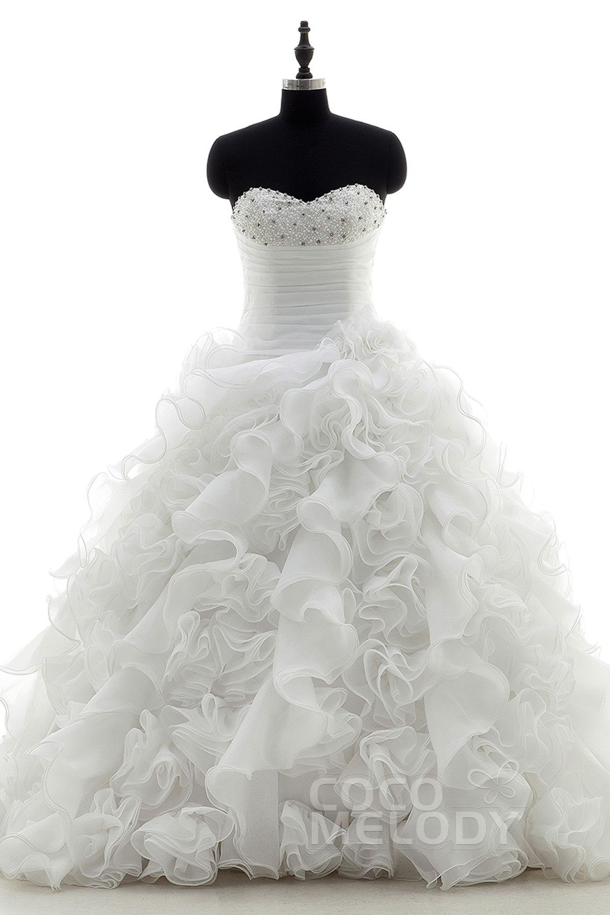 Ball gown sweetheart chapel train organza wedding dress for Big ball gown wedding dress
