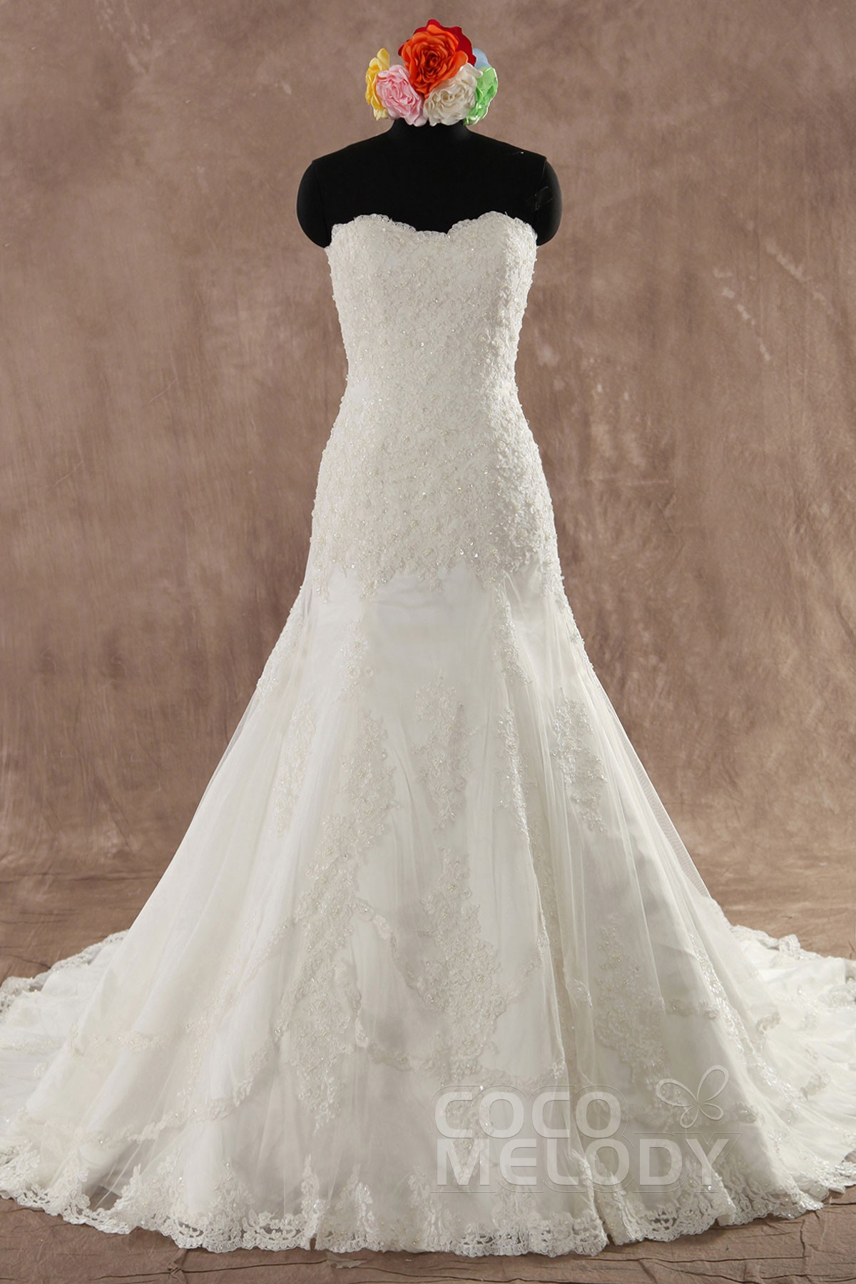 Cocomelody a line sweetheart court train lace wedding for Consignment wedding dresses los angeles