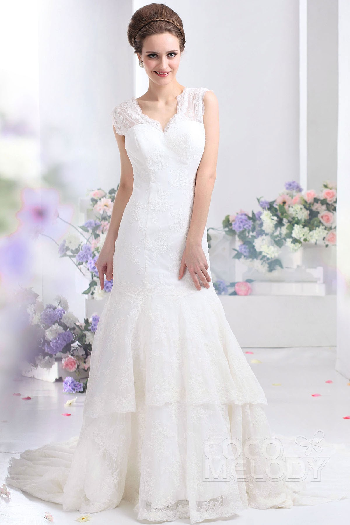 Cocomelody trumpet mermaid v neck court train lace for Consignment wedding dresses los angeles