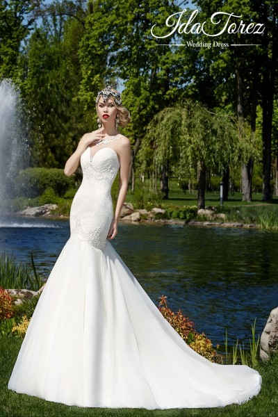 Modest Trumpet-Mermaid Illusion Dropped Court Train Tulle Ivory Sleeveless Buttons Wedding Dress 01006