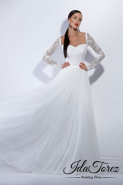 Modest A-Line Sweetheart Natural Court Train Tulle Ivory Long Sleeve Buttons Wedding Dress 01029