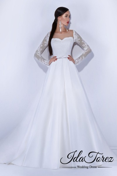 New Design A-Line Sweetheart Natural Court Train Satin Ivory Long Sleeve Buttons Wedding Dress Sashes 01030