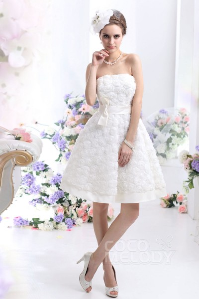 Pretty A-Line Strapless Knee Length Wedding Dress CWZB13003