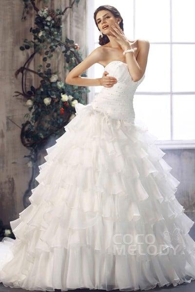 New Arrival Princess Sweetheart Dropped Waist Chapel Train Organza Wedding Dress CWLT1301E