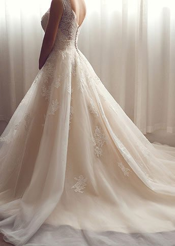 A Line Court Train Tulle And Lace Wedding Dress Cwat16004