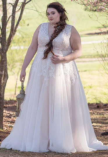 Our collection of plus size wedding dresses features chic styles that complement all shapes and sizes. We welcome your special requests!